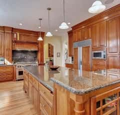 12000 Malloy Photos, Hi-res Malloy kitchen island 3